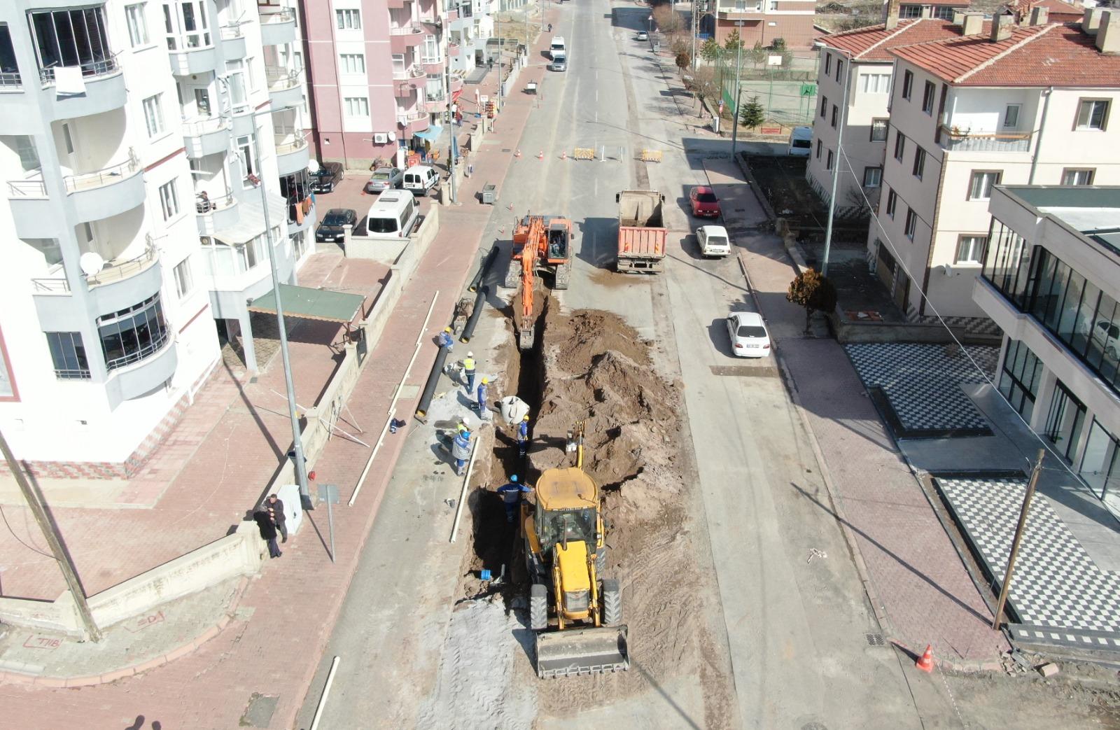 İncesu İlçesi, Gönenkent Mahallesi Karamustafa Paşa Bulvarı üzerinde bulunan ekonomik ömrünü tamamlamış hatlarımızı yeniliyoruz.