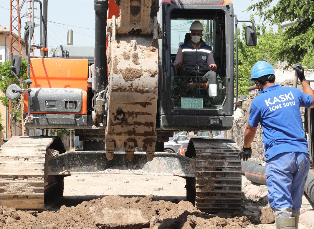 Tomarza İlçesi Gül Sokak ve TOKİ caddesi çalışmaları tamamlandı...