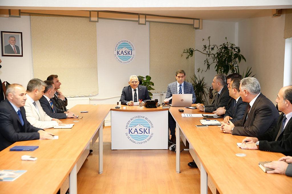 Başkan Büyükkılıç KASKİ'de toplantı yaptı...