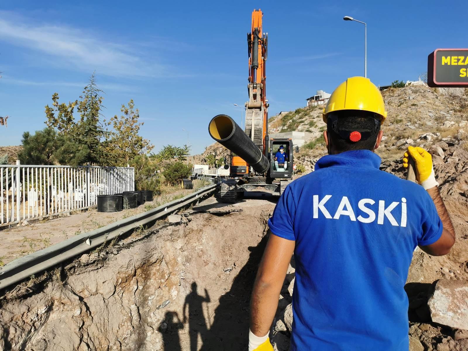 İleriye dönük uzun ömürlü altyapılar inşa ediyoruz...